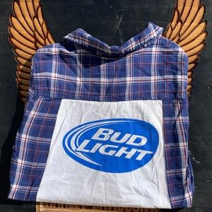 BUD LIGHT T-shirt flannel.